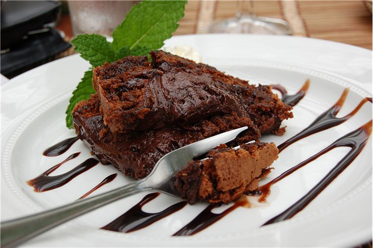 Chocolate Brownie with Syrup